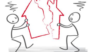 Scheidung, scheiden, Trennung, Rosenkrieg, Streit, streiten, Haus, Ehescheidung, Ehegatten, Ehevertrag, Scheidungskosten, Anwalt, Unterhaltsanspruch, Zugewinngemeinschaft, Gesetz, Erben, Erbschaftsstreit, Aufteilung, Abfindung, Erbengemeinschaft, uneins, Immobilien, Vermögen, zanken, Besitzanspruch, Männchen, Strichmännchen